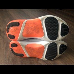 Nike Shoes - Women's Nike joyride dual run